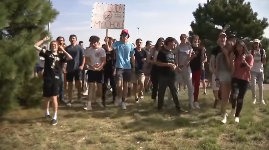 Students Stage Walkout at Denver High School Over Mask Rule